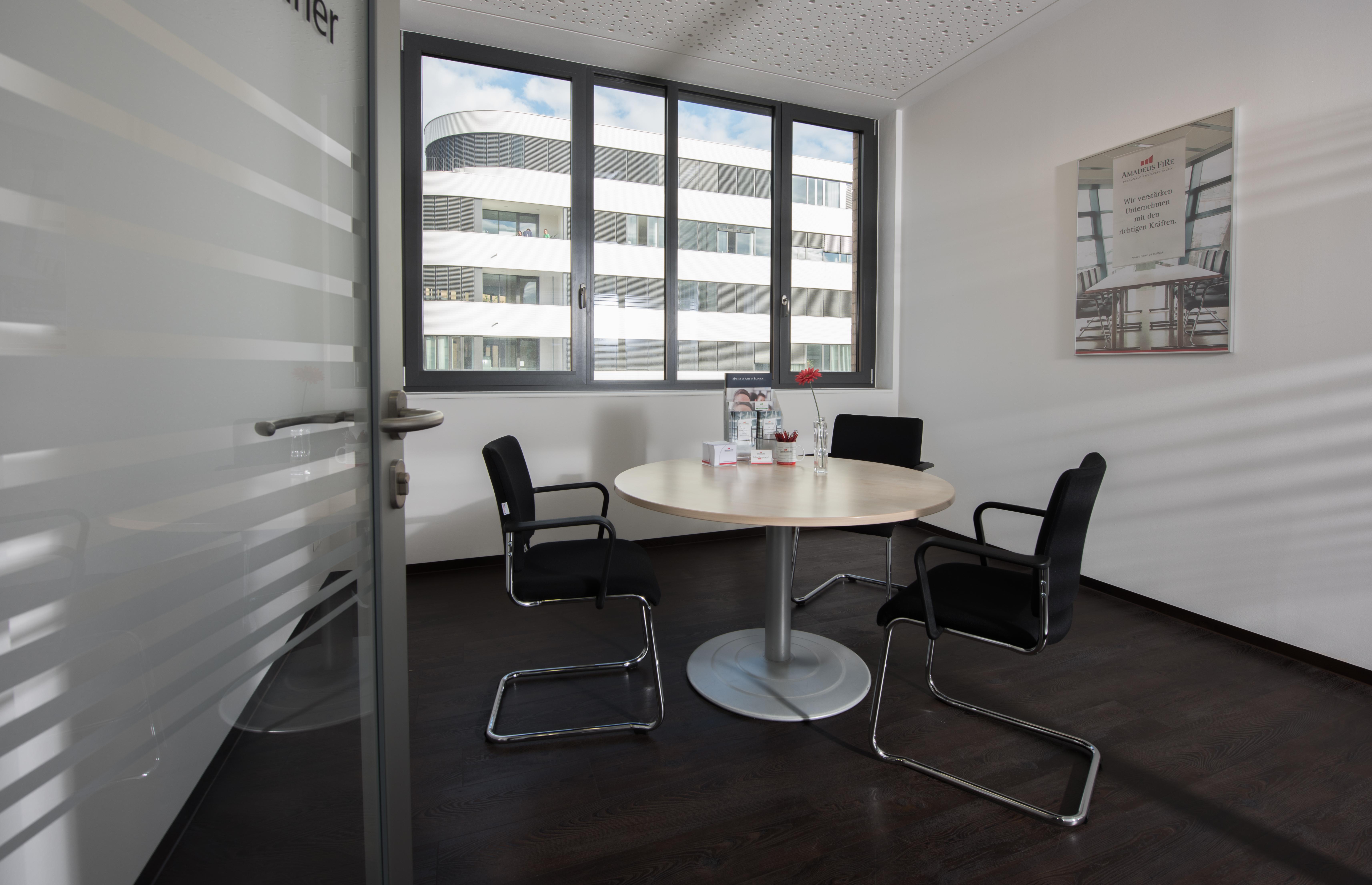 stellenangebote personalvermittlung und zeitarbeit f r. Black Bedroom Furniture Sets. Home Design Ideas